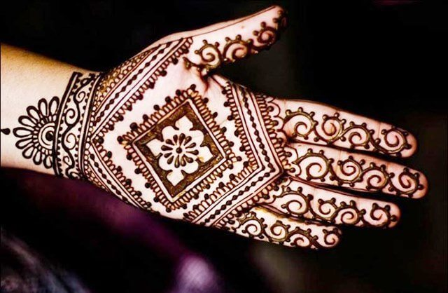 Diamond shaped henna designs