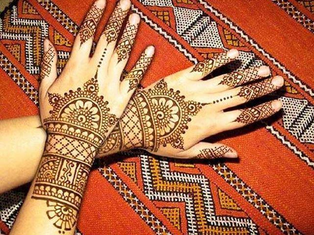 Henna designs with fine detailing