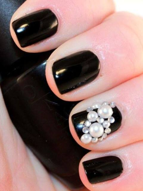 Nail Art Designs with Pearls