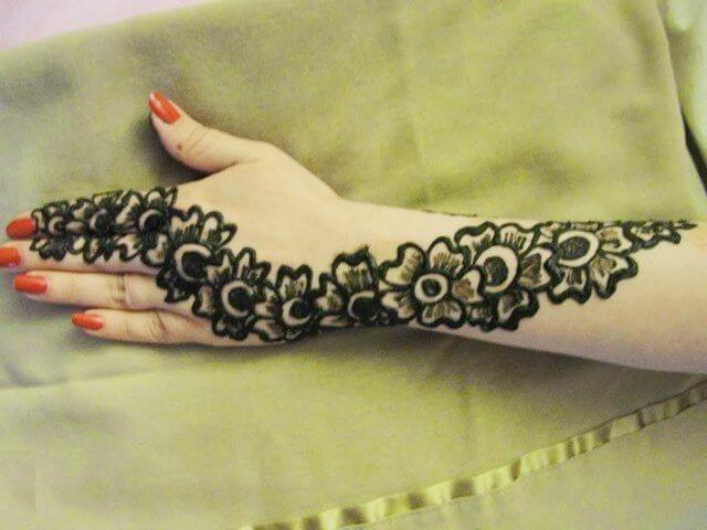 Simple floral henna designs