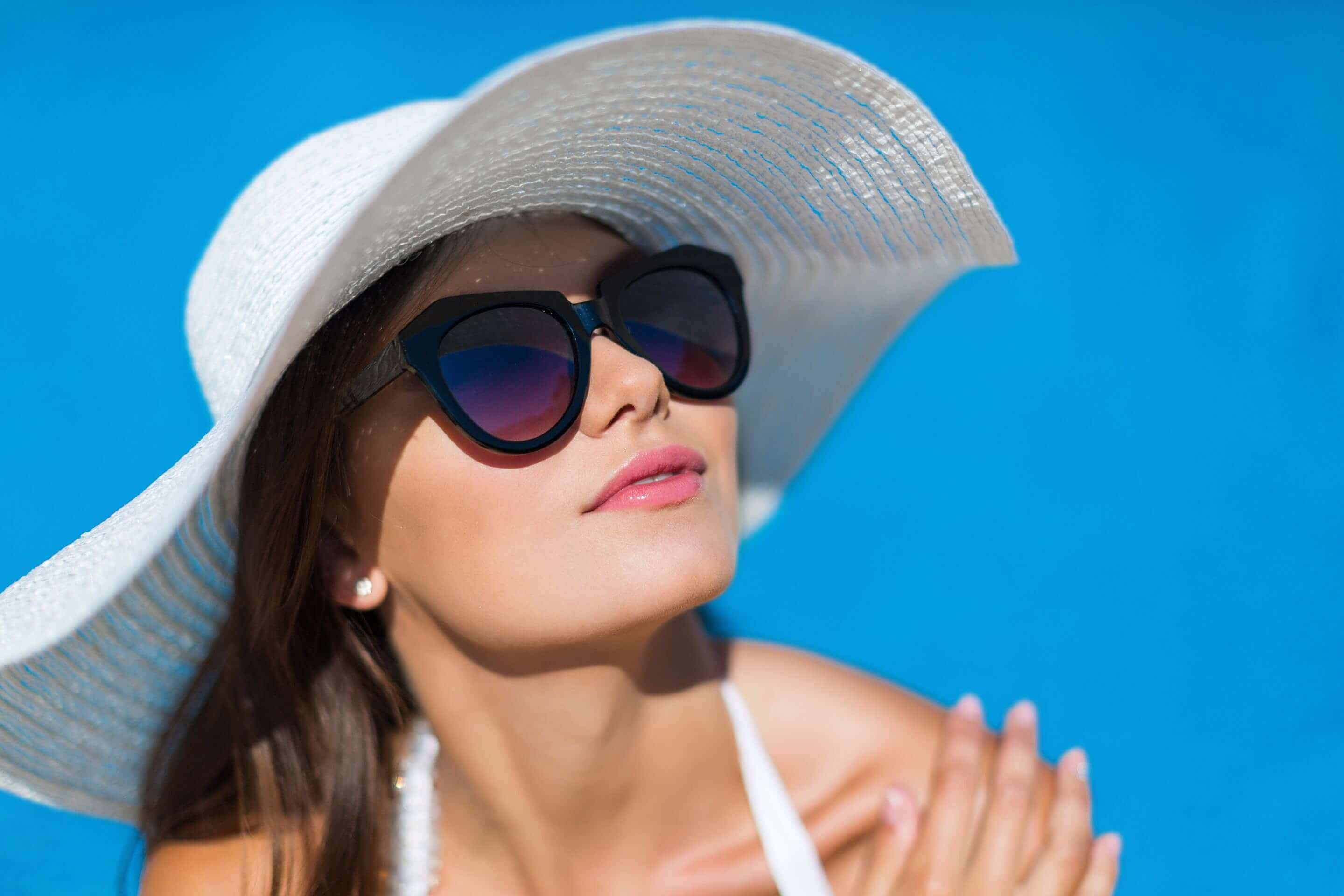 5 Benefits to Wearing Sunglasses