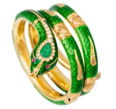 A Bangle with All Looks
