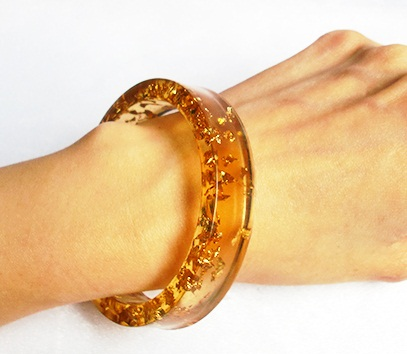 Resin Bangle With Gold Flakes