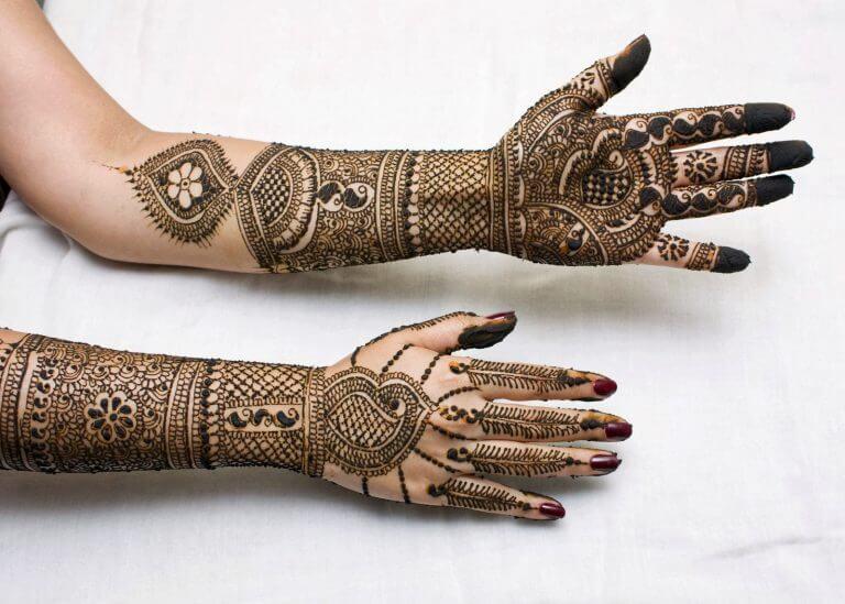 Latest-Mehndi-Designs-Images-
