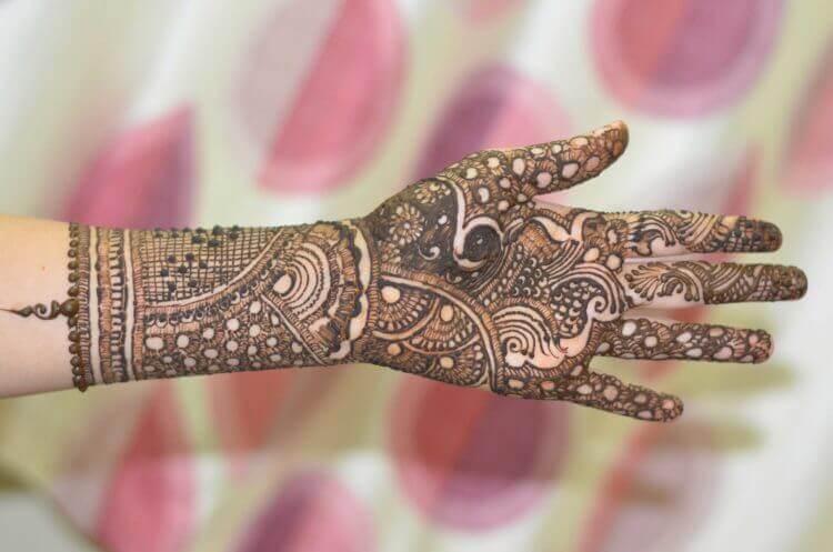 Mehndi-Designs-for-Hands