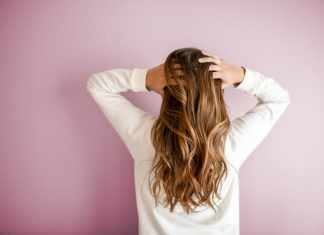 Benefits of Coconut Oil for Hair and How to Use It?