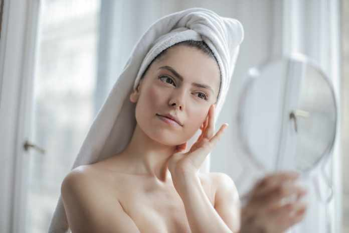 Home Remedies for Black Spots on Face for Deep Cleaning